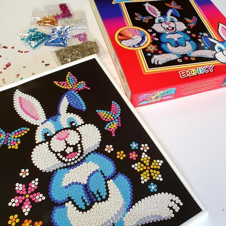 Binky the Easter Bunny is a fun Sequin Art craft kit from the Red range